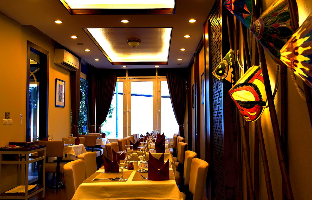 Dalcheeni Restaurant - address for big fans of Indian cuisine in Hanoi - Vietnam Halal food - Yallavietnam