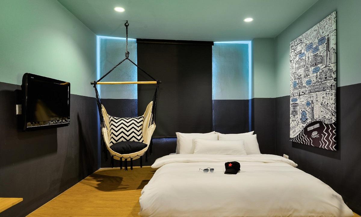 Hammock Hotel Fine Arts Museum - halal hotel near Ben Thanh Market - Yallavietnam